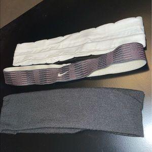 Headbands NIKE, BLACK, AND WHITE, set of 3